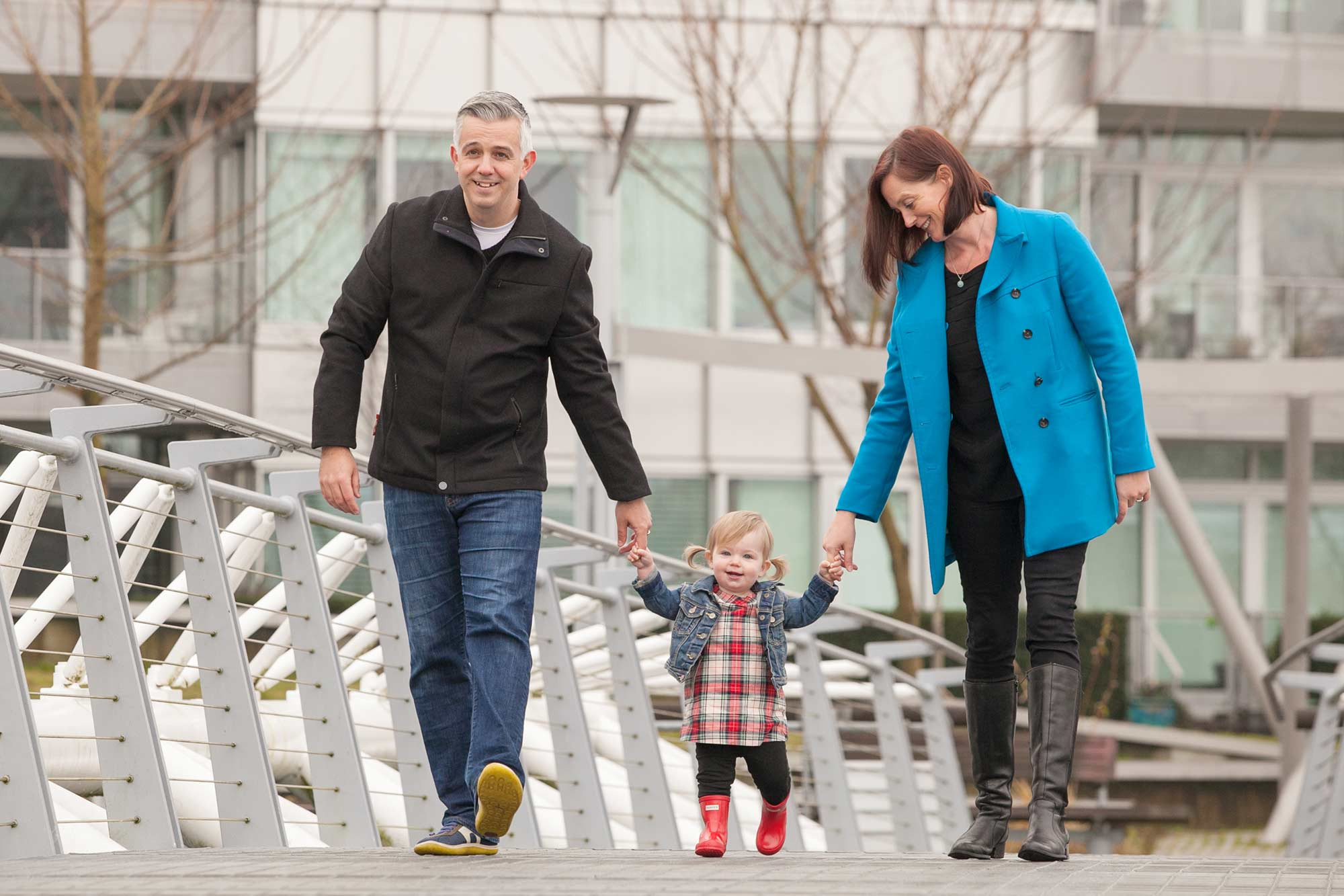 vancouver family photo session olympic village