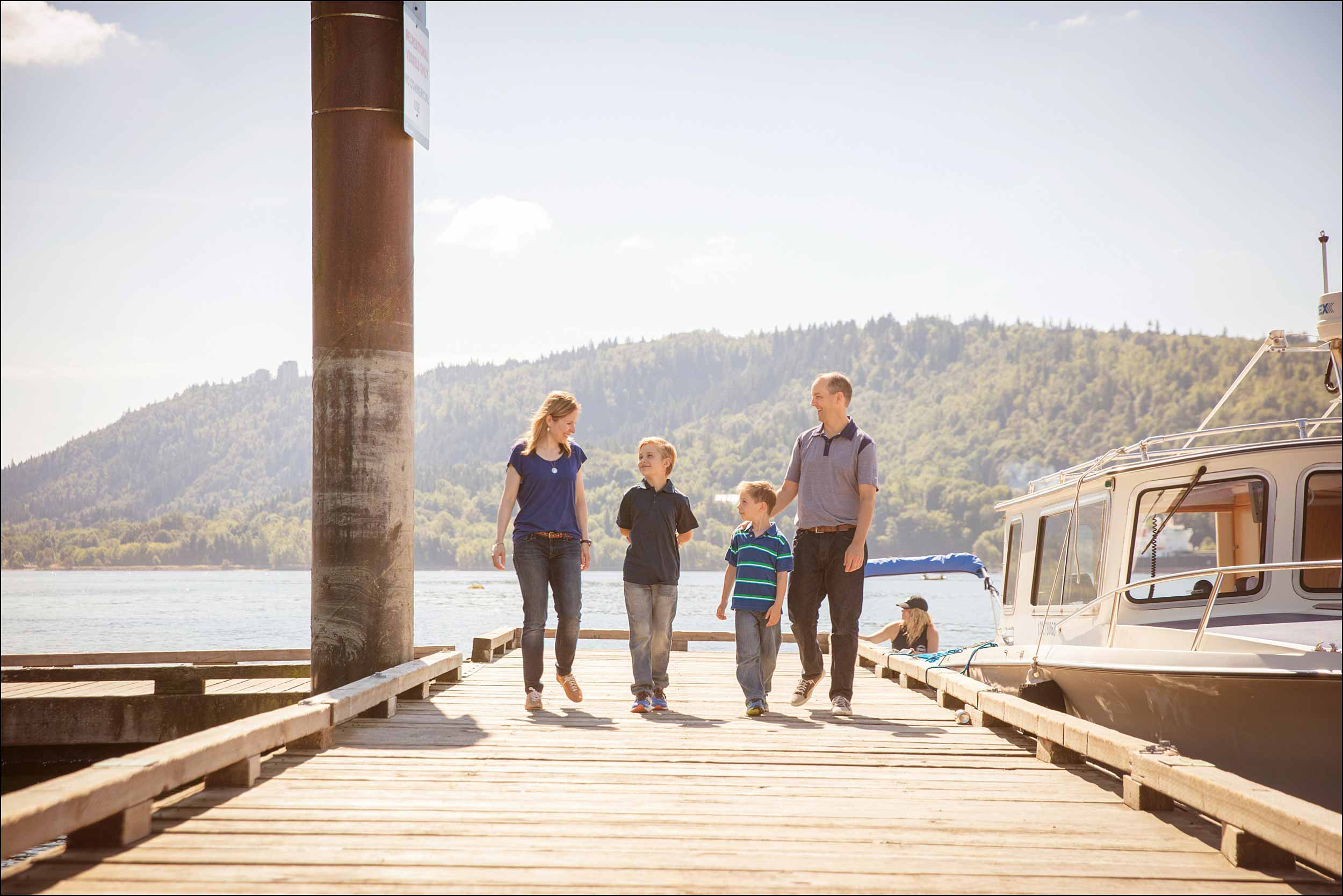 Cates Park pier family photos in North Vancouver